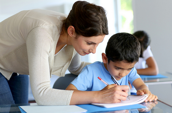 Enséñale a tu hijo a tomar apuntes correctamente - cómo tomar notas en el cuaderno